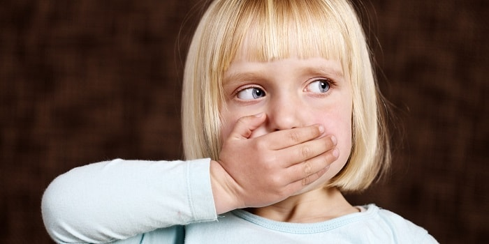 Первые признаки стоматита у ребенка