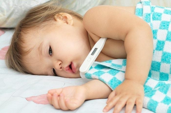 Сколько держится жар у взрослых и детей