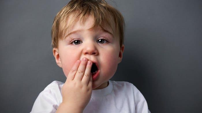 Болит рот из-за катарального стоматита