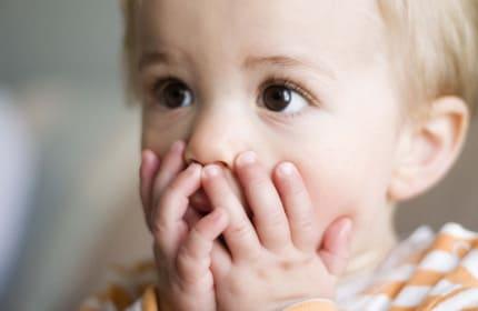 Малыш с гингивитом